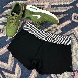 MPG Workout Running Yoga Shorts Small 6
